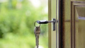 Comment choisir son constructeur de maison clé sur porte ?